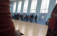 Задержанные в Минске правозащитники: Вторжение в офис «Весны» было брутальным