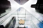 Пресс-секретарь Белого дома подвергся нападкам во время похода в Apple Store