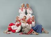 Одетым в национальные костюмы минчанам дадут бесплатно покататься на качелях