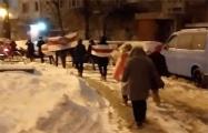 Минчане на улице Алтайской вышли на марш