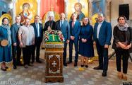 Митрополит Вениамин и Сергей Румас презентовали Туровский крест