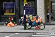 СМИ сообщили о патрулировании улиц в Британии переодетыми в бродяг силовиками