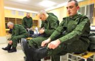 Почему белорусским генералам лучше сначала поучиться в магистратуре, а потом писать законы