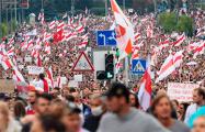 Жестокая игра: Таракан понимает, что для России будет удобно оставить Беларусь без него