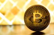 Ждать или продавать: биткоин преодолел отметку в $10 тысяч на азиатских рынках