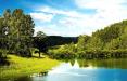 Спасаемся от жары: топ-6 домов от $4 тысяч рядом с красивыми озерами и реками Беларуси