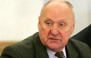 Мечислав Гриб: Лукашенко еще в 1994 году просил дать ему законодательные полномочия