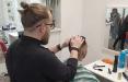 Как чиновник решил уйти в госслужбы и стал парикмахером