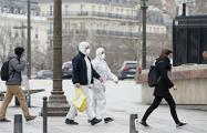 Во Франции число умерших от коронавируса превысило 370