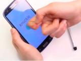 Сенсорные экраны научили отличать пальцы от ногтей