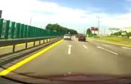 Видеофакт: В Минске на МКАД 83-летний водитель ехал по встречной полосе