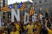 Действие указа о референдуме в Каталонии приостановлено
