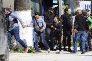 Тунисский премьер сообщил подробности нападения на музей