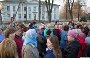 Вышедшие на стихийный протест жители Богушевска добились встречи с чиновниками