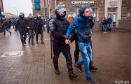 В Минске задержаны сотни человек