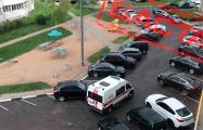 Фотофакт: «Скорые» массово приезжают в дома жителей Минска