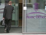 Число высокооплачиваемых сотрудников британского МВД выросло втрое