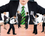 Руководители предприятий повышают себе зарплаты