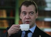 Медведев огласил список запрещенного к ввозу продовольствия