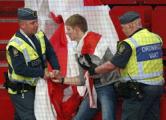 Еврокомиссию призвали защитить бело-красно-белый флаг